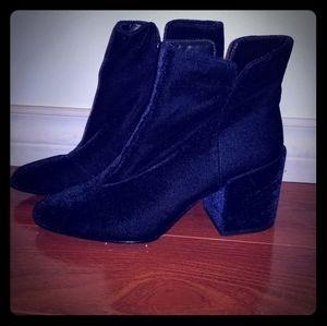 Aldo blue velvet ankle boot.